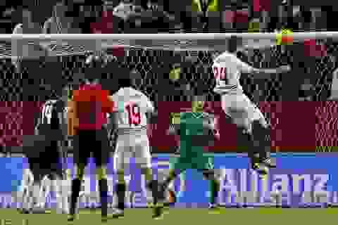 Gục ngã trước Sevilla, Real Madrid mất ngôi đầu vào tay Barca