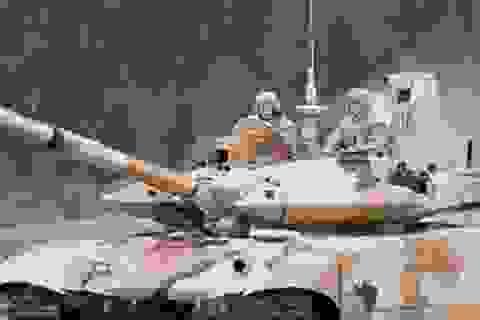 Xem phim 53 phút xe tăng Nga tập trận chống khủng bố