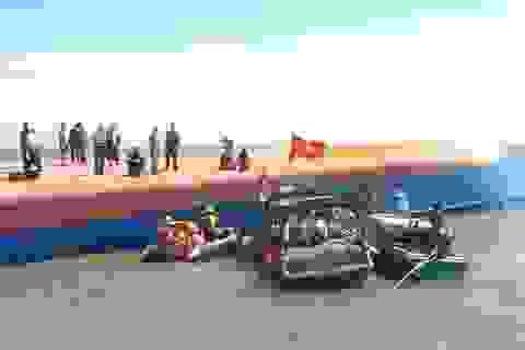 Cứu được 1 nạn nhân, không còn tiếng gõ trong tàu chìm