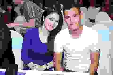 Hot girl Thảo Trang và Thanh Bình đường ai nấy đi