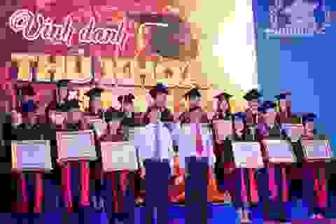 TPHCM: Vinh danh 85 thủ khoa năm 2015