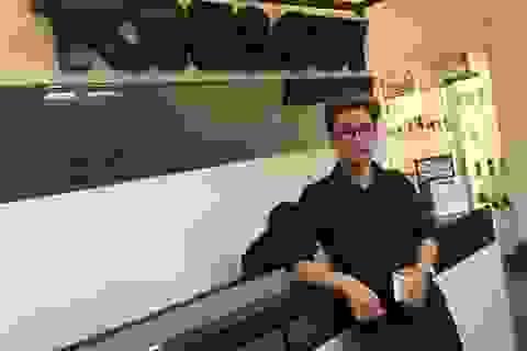 Nhà tạo mẫu tóc Hoàng Bách gặt hái thành công sau một năm đăng quang
