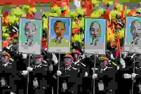 Chùm ảnh đẹp về cuộc diễu binh, diễu hành trên báo nước ngoài