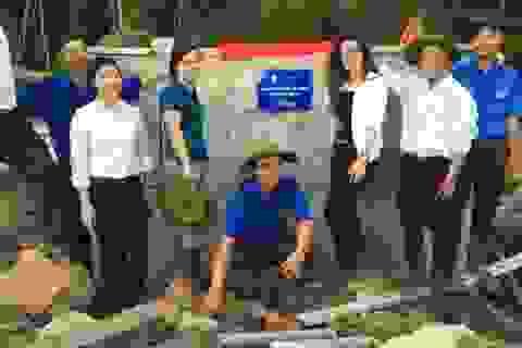 """Bàn giao công trình thanh niên """"Hệ thống nước tự chảy dân sinh"""" tại Kon Tum"""