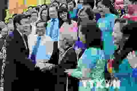Chủ tịch nước gặp mặt 120 điển hình dân vận khéo TP.HCM