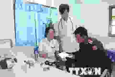 Những hoạt động thiện nguyện đầy nghĩa tình trên đất bạn Lào