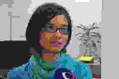 Một phụ nữ gốc Việt lên truyền hình Séc kêu gọi giúp người tị nạn