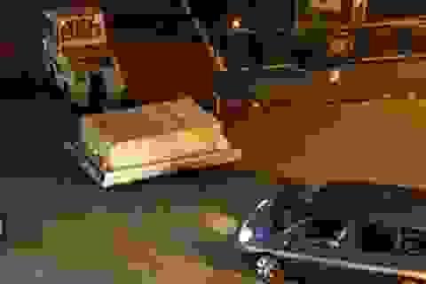Mảnh vỡ máy bay nghi của MH370 đã tới Pháp