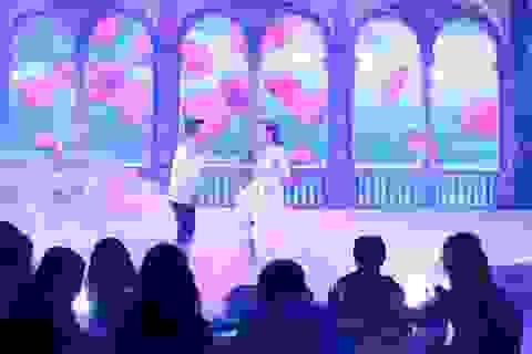 Phương Vy trình diễn trong tiệc tri ân khách hàng của Vinpearl Premium