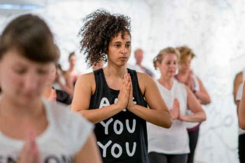 Giảm đau khớp sau 8 tuần tập Yoga