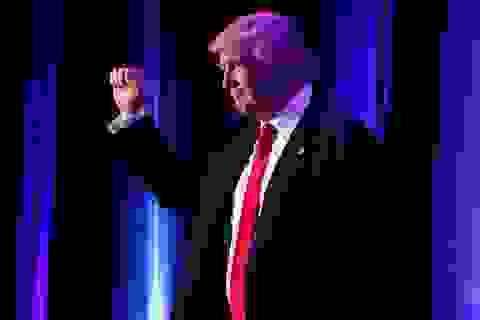 Ông Trump thắng áp đảo bà Clinton, đắc cử tổng thống Mỹ
