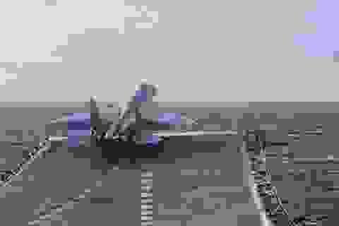 Chiến đấu cơ Nga cất cánh từ tàu sân bay ngoài khơi Syria