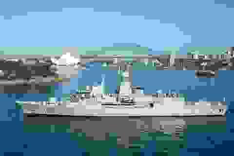 Tàu hộ vệ tên lửa Australia thăm Việt Nam