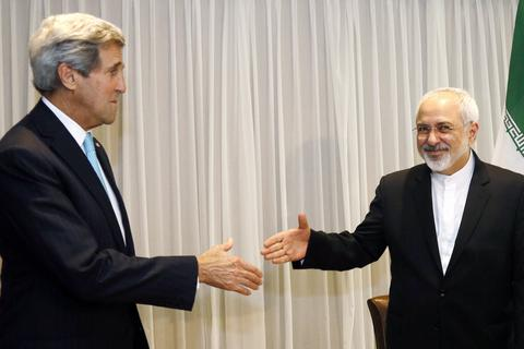 Phương Tây dỡ bỏ trừng phạt Iran: Khó khăn còn ở phía trước