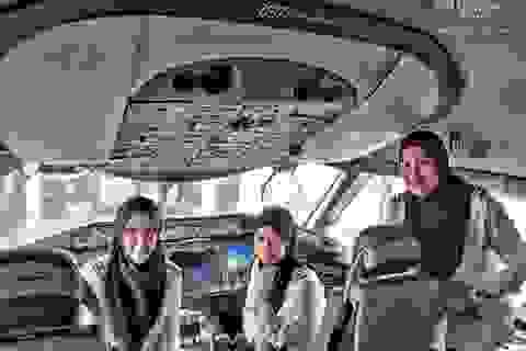 Phi hành đoàn toàn nữ trên chuyến bay của Brunei