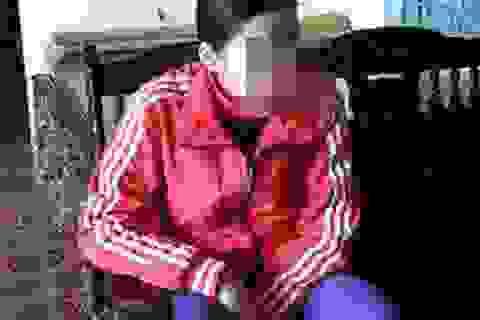 Nghi án Phó Công an xã hiếp dâm cháu họ đến mang thai