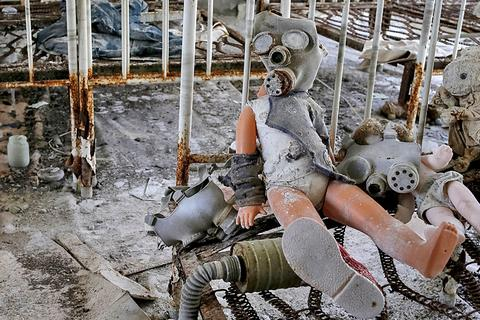 """Lạnh gáy bên trong """"thị trấn ma"""" sau thảm họa Chernobyl"""