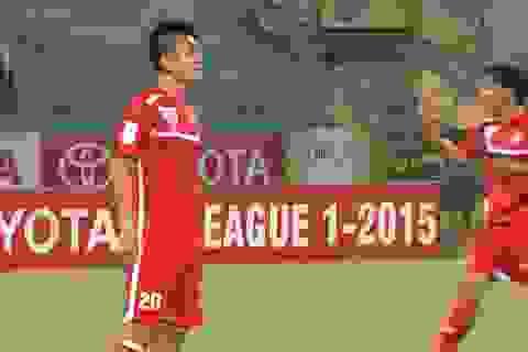 HLV Hữu Thắng gọi bổ sung trung vệ cho đội tuyển Việt Nam