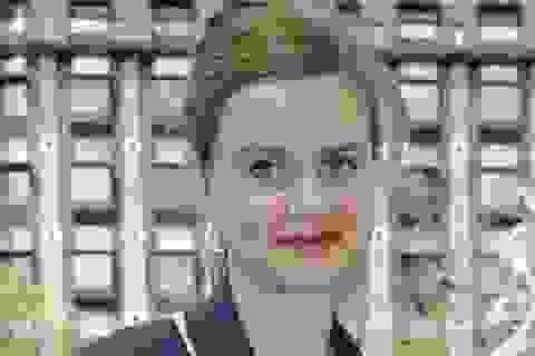 Nữ nghị sĩ Anh bị bắn chết ngay trên phố