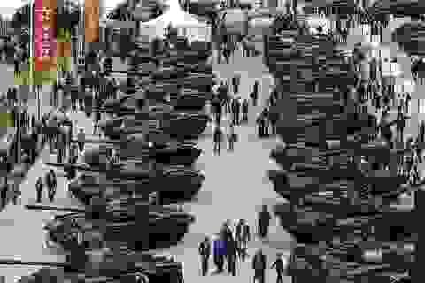 Nga thu về 14 tỷ USD tiền bán vũ khí trong năm 2016