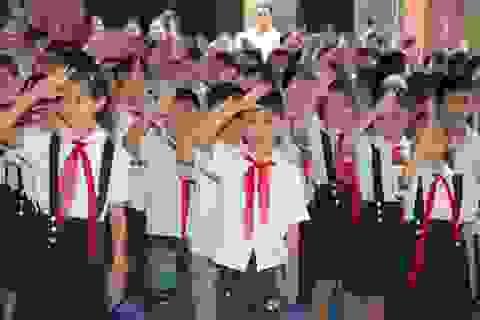"""Đừng để các em học sinh """"sợ"""" tiết chào cờ"""