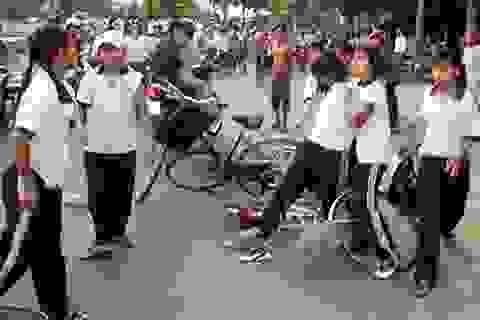"""""""Hiến kế"""" biện pháp hạn chế bạo lực học đường"""