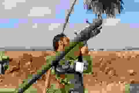Khủng bố ở Syria khoe có tên lửa phòng không vác vai SA-7 Strela-2