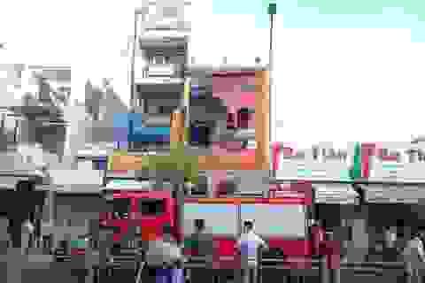 Cháy cửa hàng bếp từ, 4 người thiệt mạng