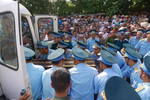 Đại tá Trần Quang Khải trở về trong vòng tay gia đình, quê hương