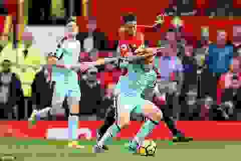 MU 0-0 Burnley: Chia điểm thất vọng
