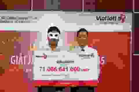"""Hà Nội cháy vé xổ số Vietlott, giá vé """"chợ đen"""" lên tới 15.000 đồng"""