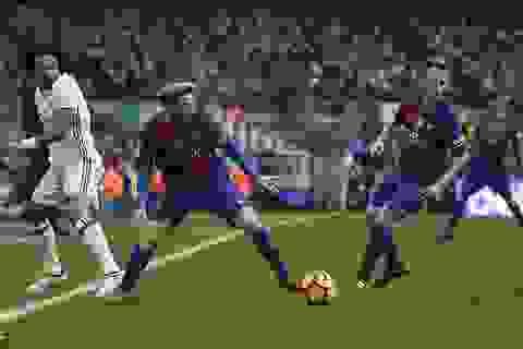Barcelona đánh rơi chiến thắng trước Real Madrid tại Nou Camp