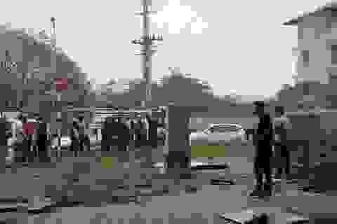Hà Nội: Nghi vấn người đàn ông rơi từ đường trên cao xuống đất tử vong