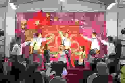 Cộng đồng người Việt tại Singapore vui Xuân, đón Tết Bính Thân