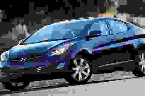 Hyundai triệu hồi Elantra