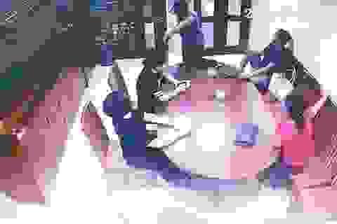 Bắc Giang: Mâu thuẫn nợ nần, vào tận nhà hành hung một phụ nữ nhập viện