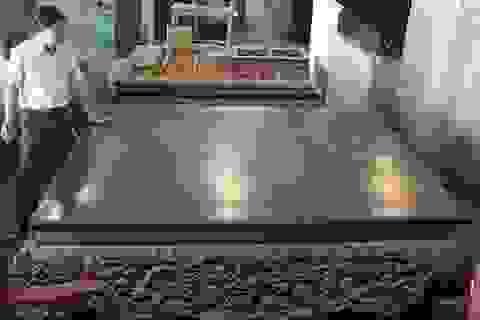 Ngủ trưa mát lưng: Đại gia Việt mua phản gỗ 3 tỷ đồng