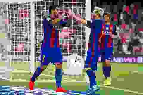 Cú đúp của Messi giúp Barcelona hạ gục Sampdoria