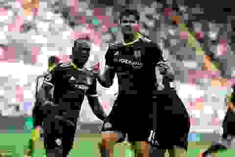 Chelsea đứt mạch toàn thắng trên sân Swansea