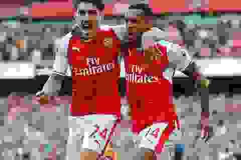 Arsenal vươn lên bằng điểm đội đầu bảng Man City