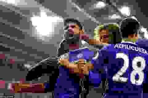 Hazard, Costa giúp Chelsea bám đuổi ngôi đầu bảng