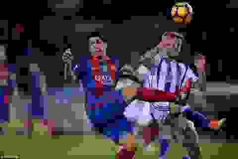 Barcelona hòa thất vọng Sociedad tại Anoeta