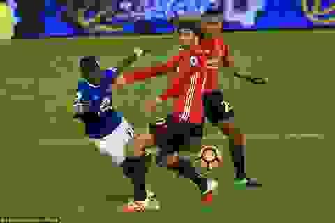 Rơi điểm trên sân Everton, MU hòa trận thứ ba liên tiếp