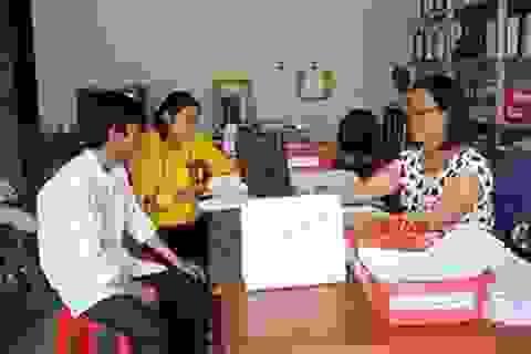 Làm việc ở nước ngoài đóng BHXH tự nguyện hay bắt buộc?