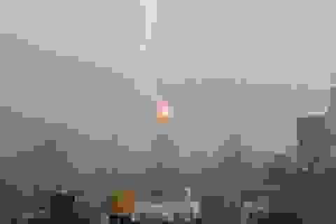 Sét đánh trúng tòa tháp chọc trời Empire State của New York