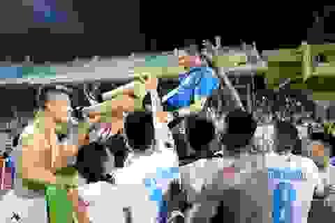 Hà Nội T&T tưng bừng đón chức vô địch V-League