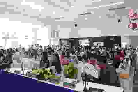 Cùng TNR Holdings Việt Nam và Uyên Linh chào năm mới, đón sinh nhật