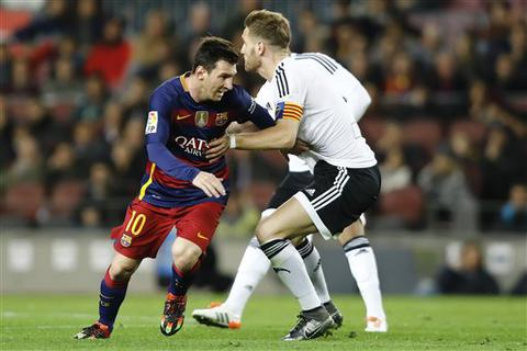 Barcelona phủ nhận việc Messi phải phẫu thuật thận