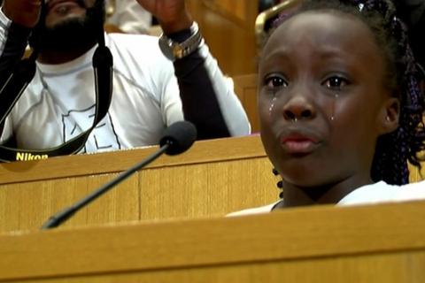 Bài phát biểu xúc động của bé gái 9 tuổi về phân biệt đối xử ở Mỹ