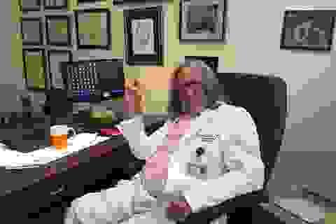 Bác sĩ riêng trần tình về thư chứng nhận sức khỏe cho tỷ phú Trump